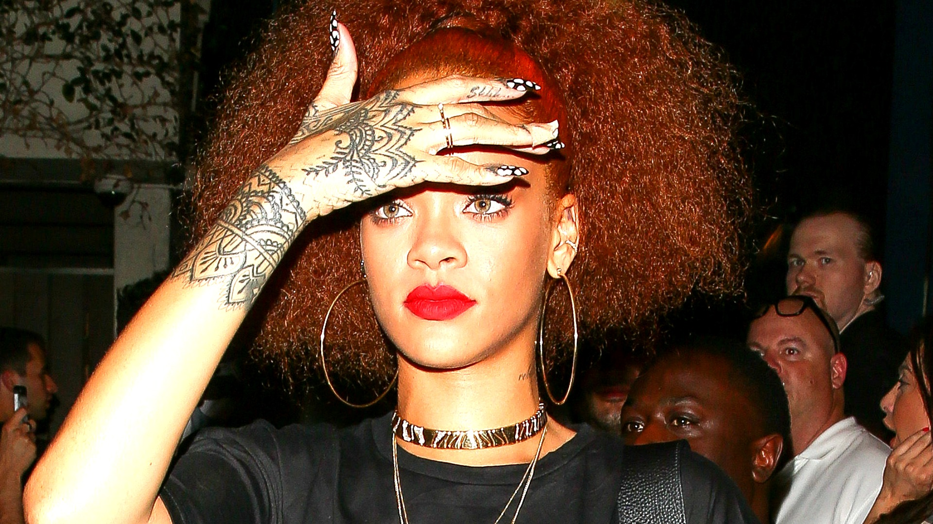 Have you seen the giant Hollywood mansion Rihanna is selling in a panic?