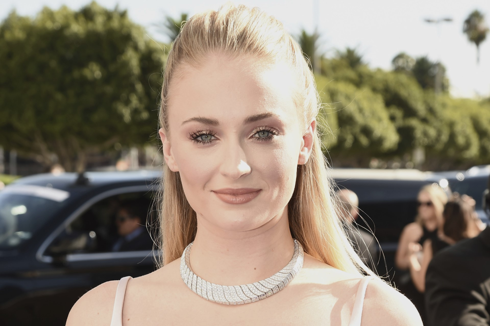 Sophie Turner's coming-out in Pride Month… and her love story with Joe Jonas